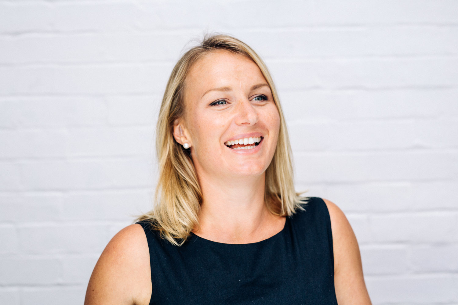 corporate head shots for tegan shot in Bondi
