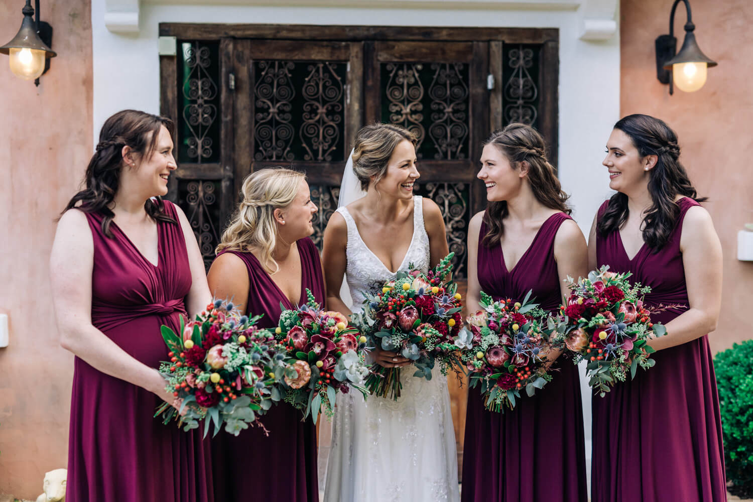 hunter valley wedding photographer bride and bridesmaid chatting