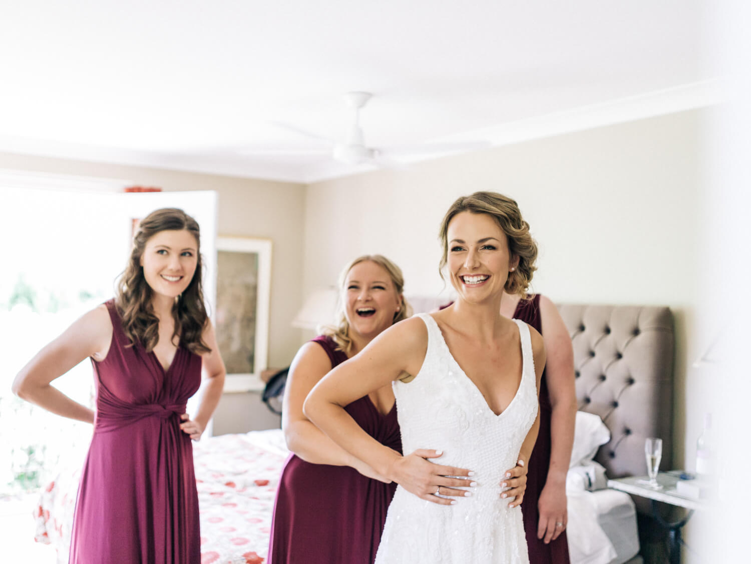 hunter valley wedding photographer bride getting ready